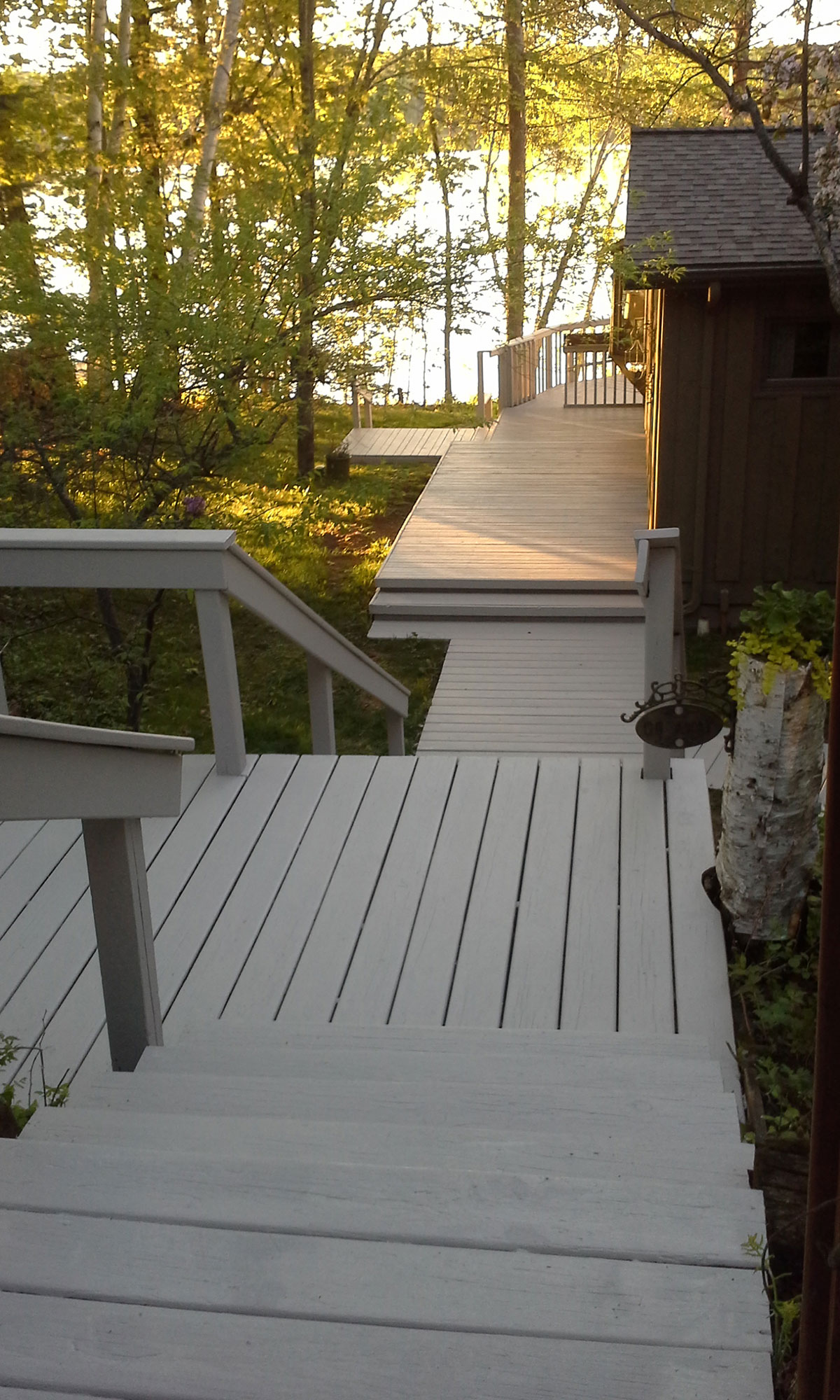 deck--brushmasters-grey-steps-by-house.jpg